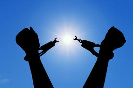EILeTHE EMPOWERMENT EFFECTen Bennett, Marie Kondo, Declutter, Mindset, Pasion with Purpose, Tutorial